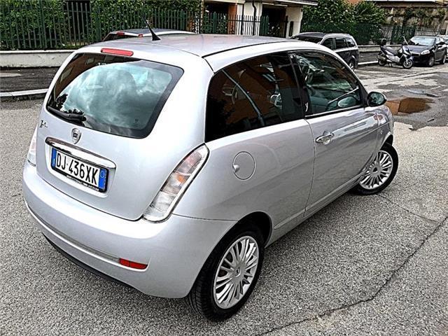 Lancia_Ypsilon_3